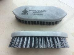 Mini Mane Brush